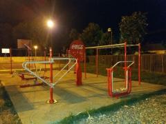 Besplatna stručna pomoć u Coca-Cola teretani na otvorenom u Bogatiću