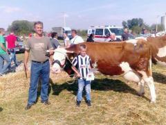 Siniša Ljubanić iz Bogatića dobitnik nagrade za najbolju muznu kravu