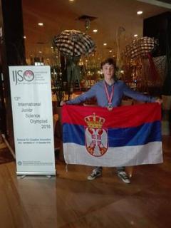 Давиду Милинковићу сребро на олимпијади из природних наука у Индонезији