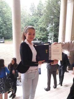 Tamara Drezgić sa najboljim maturantima iz Srbije i RS na prijemu u Belom dvoru